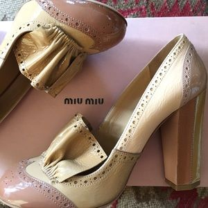 miu miu patent leather patchwork pumps
